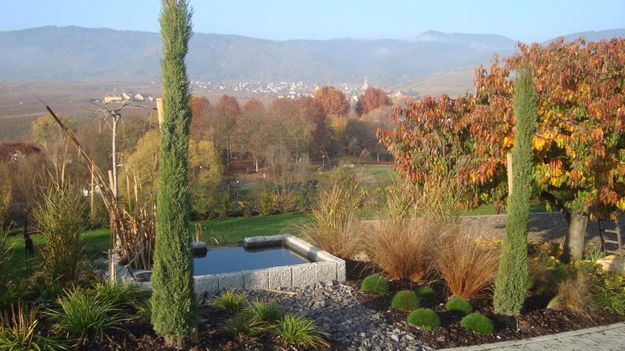 Jardins contemporain dans le haut rhin cr ation de massif for Entretien jardin haut rhin